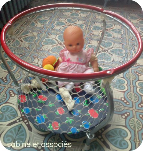 brocante,jouets vintage,parc poupe vintage,garage fisher price vintage,livre comptons les moutons,voiture cars,chiner,trouvailles brocante